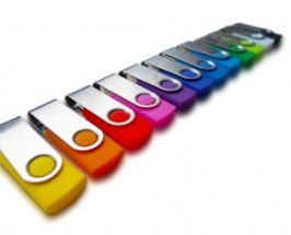 USB disk twister 8 GB