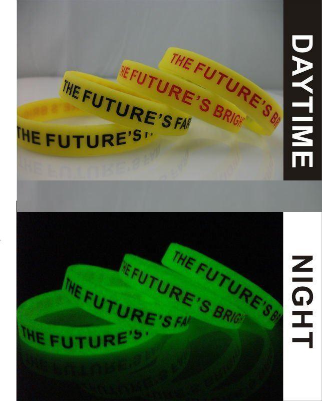 Silikonové náramky svítící - gumové náramky s potiskem