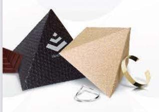 Recyklované eko krabičky Pyramida